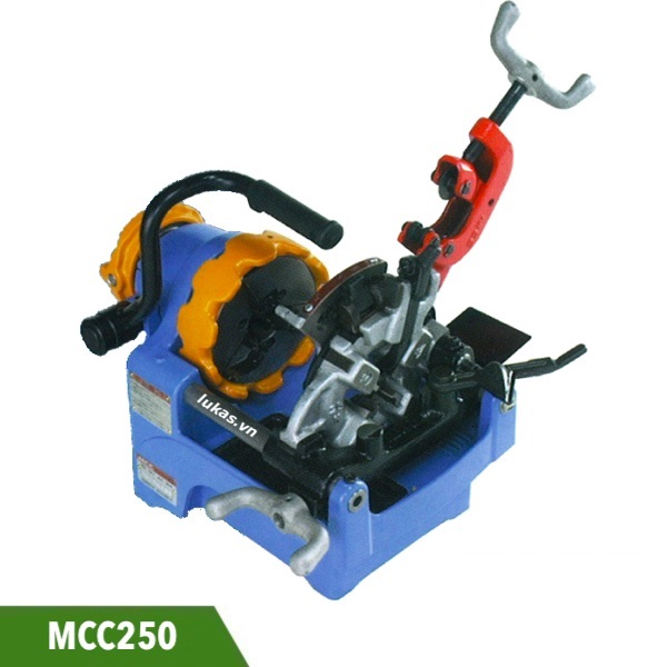 Máy tiện ren ống 1 inch MCC250 sản xuất tại Nhật Bản.